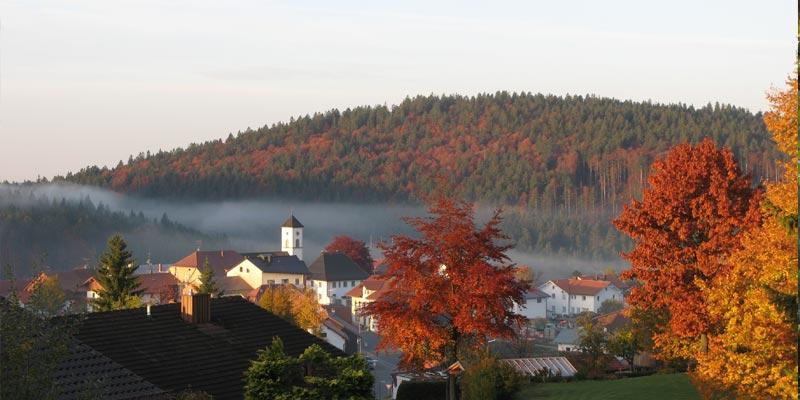 Gemeinde Mauth im Herbst