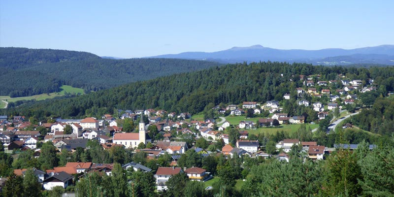 Thurmansbang in idyllischer Landschaft